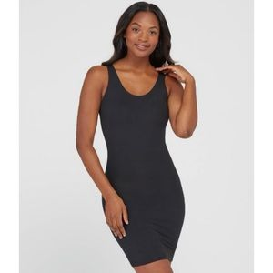 Assets by Spanx Shaping Slip Tank Size Medium
